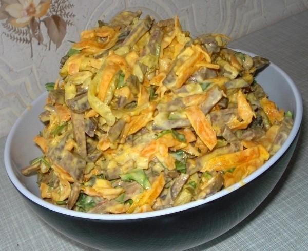 pecenocinii-salat-foto