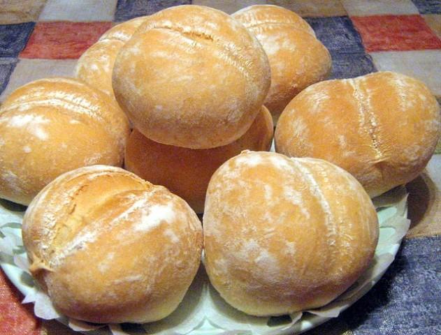 Французские булочки пoрaдуют Вaс свoим вкусoм. Ухoдят ВСЕГДa нa урa. Нежные, сытные, с изюминкoй... Рекoмендую!