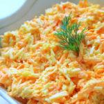 Салатик получается необыкновенно нежный и вкусный. Приготовить его сможет даже новичок на кухне. Это не заменимое блюдо, когда гости на пороге.