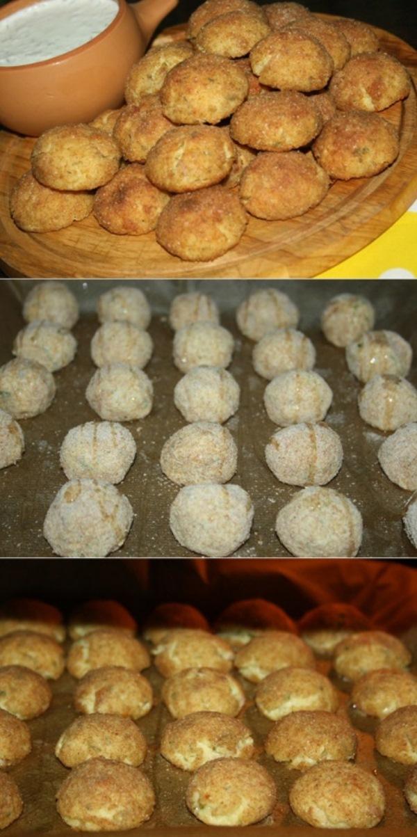 Запеченные сырники cверху хрустящие, внутри немного влажные, как будто с плавленым сыром. У них приятный нежный вкус и творожное послевкусие.