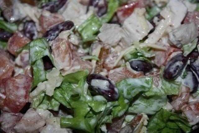 Салат с курицей и фасолью получился изумительным. Затмил оливье! Пробуем!