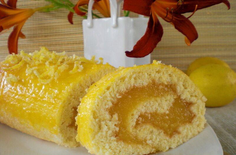 Восхитительный рулет с лимоном