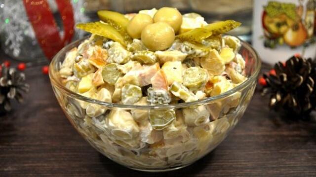 Вкуснейший салат всего за 5 минут
