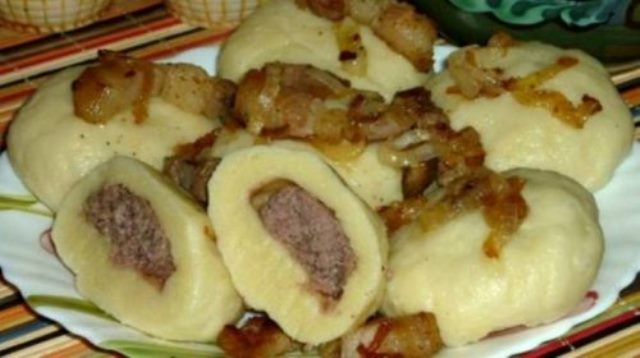 Украинские галушки с мясом. Какие они вкусные!