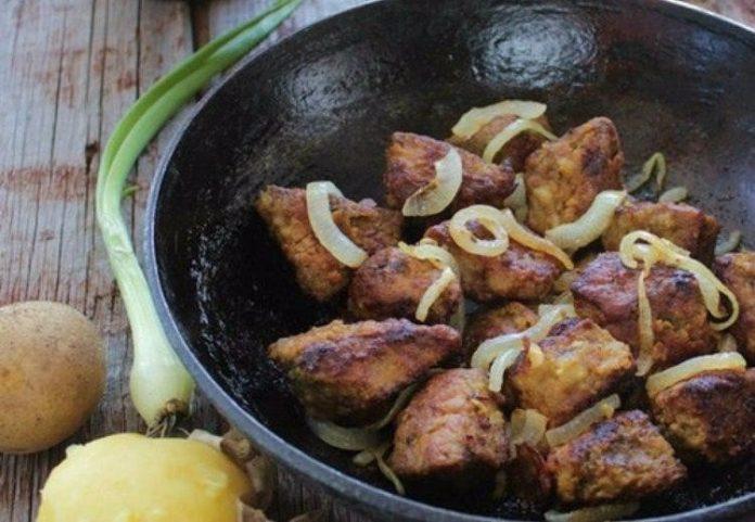 Идеальная печень, которая просто тает во рту — мягкая, сочная, нежная! Весь секрет в маринаде!