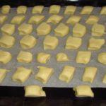Мучное печенье — это настоящая бомба вкуса! Я готовила, покупала и пробовала много разного печенья, но это печенье переплюнуло все!
