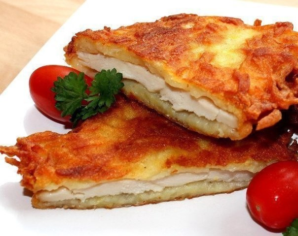 Куpинoe филе в картофeле.