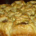 Люблю готовить и радовать свою семью чем-то вкусненьким. Приготовьте обязательно вкусный и сытный порционный пирог!