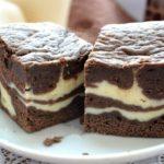 Шоколадно-творожный пирог покорил меня изысканным сочетанием. Нежный, рассыпчатый, шоколадный слой и кремовый творожный создают вкусный гармоничный дуэт!