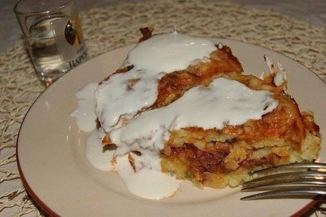 Картофельный пирог-запеканка получается таким воздушным и нежным. Вкуснотище! Фирменный рецепт.