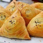 Самсу узбекскую слоеную мои просто обожают! Бесподобное блюдо. Рекомендую попробовать - будете делать только так.