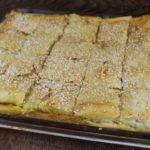 Частенько готовлю вот такой сочный и сытный пирог! Его так удобно брать с собой на перекус
