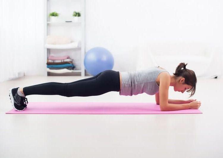 5 ежедневных упражнений, которые нужно делать всем женщинам после 40 лет 9