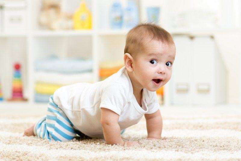 crawling-baby-boy-indoors