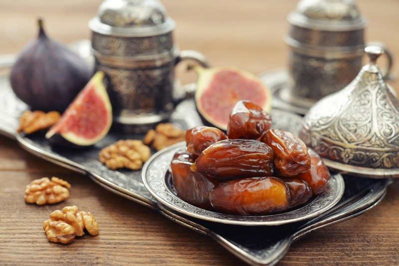 oriental-sweets-with-coffee