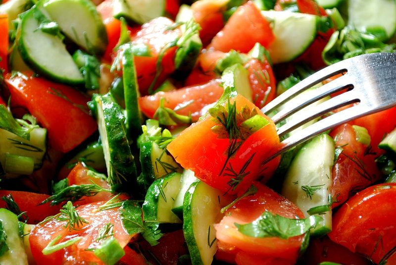 salad-with-fork