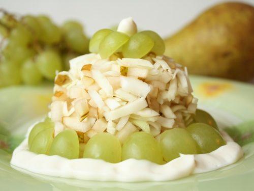 salat-iz-yablok-s-jogurtom_8094